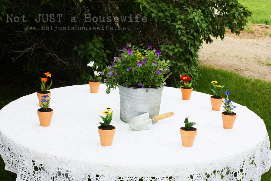 flower pot cake 1 1024x685 Flower Pot Cakes