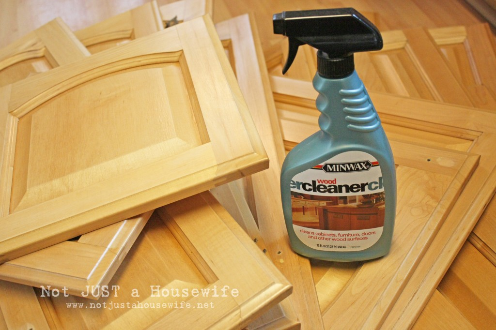 how to clean grease and grime off kitchen cabinets | Nrtradiant.com