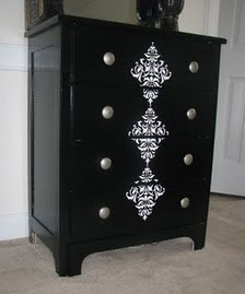 black dresser Features!!!