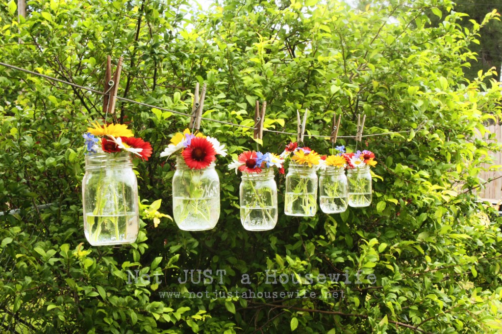 flowers hanging clothesline1 1024x682 Ideas for Outdoor Decorating