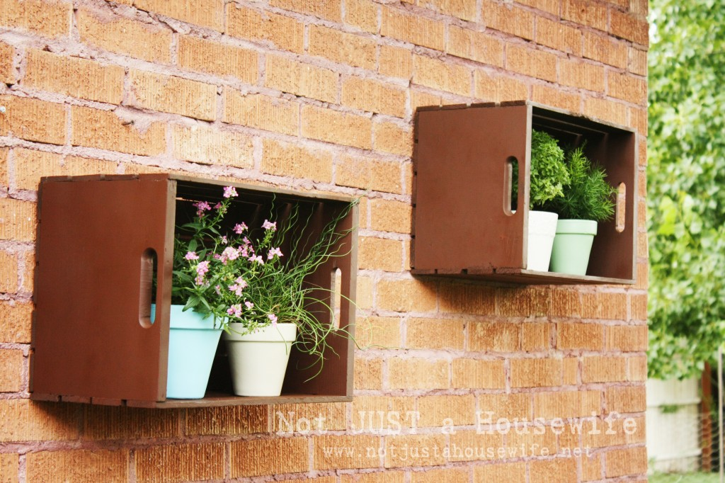 outdoor shelves edited 1 1024x682 Ideas for Outdoor Decorating