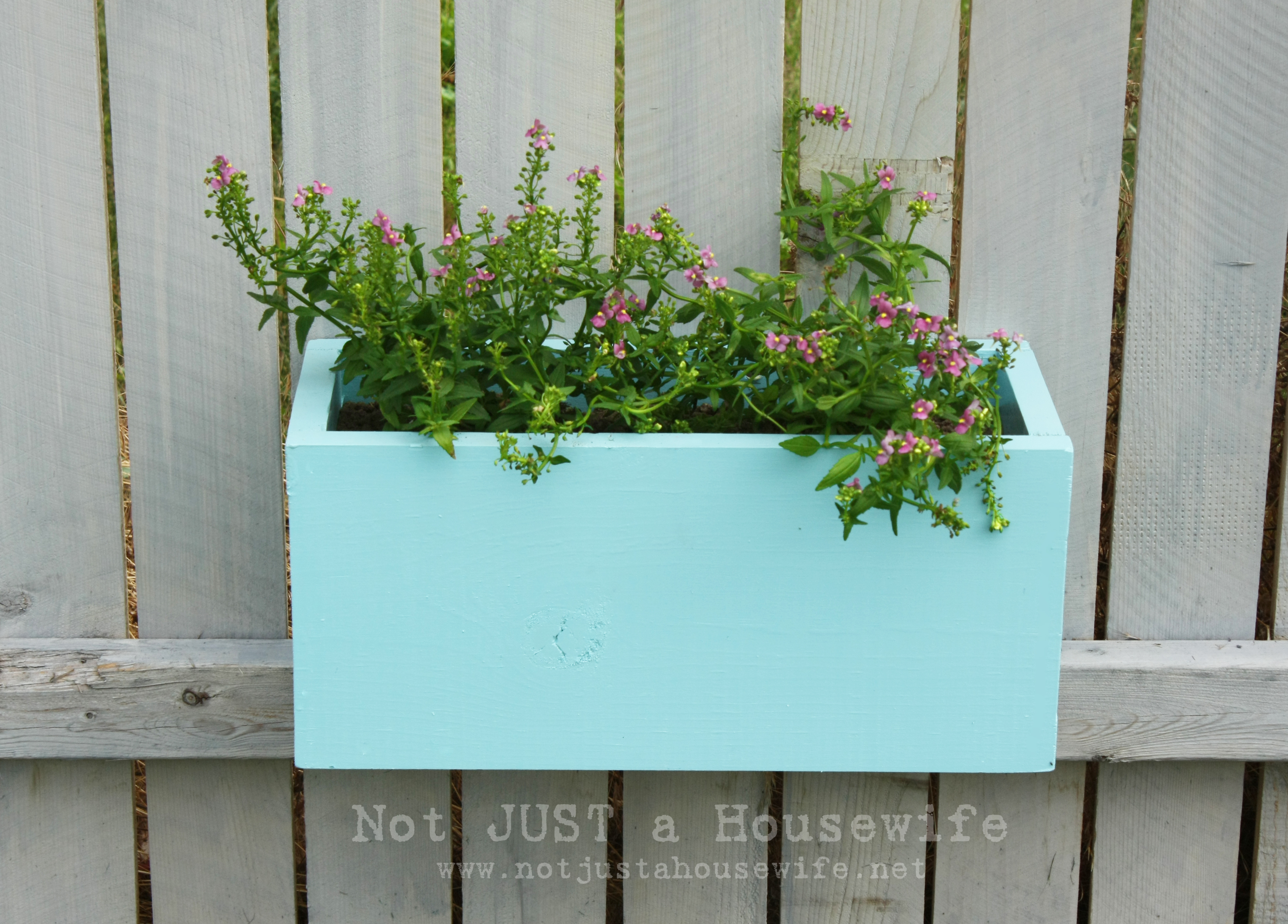 insteading planter hose plans boxes box holder blog