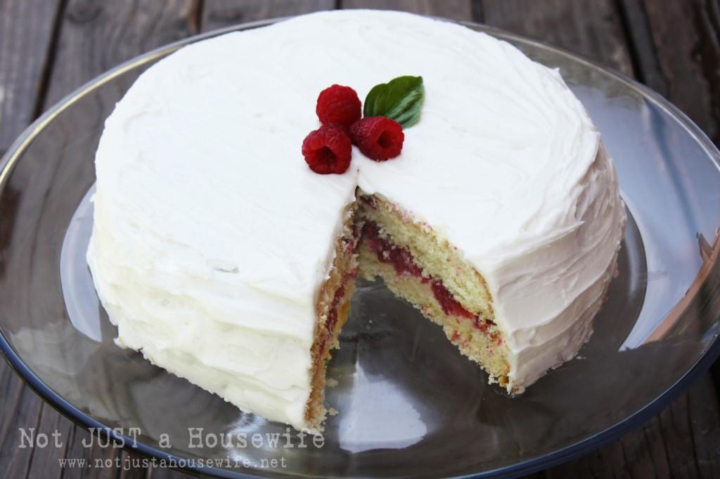 raspberry cake 1024x682 Raspberry Cake