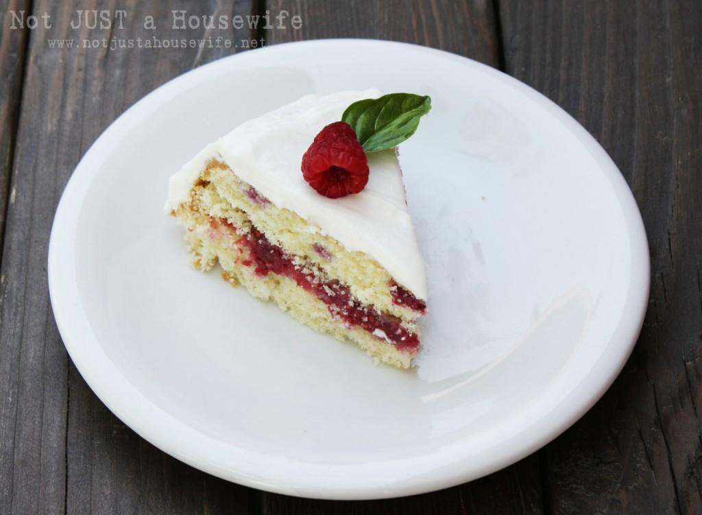 slice raspberry cake 1024x751 Raspberry Cake