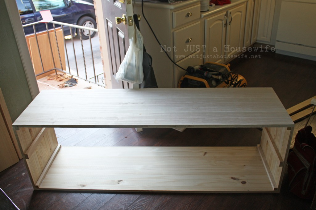 bench shell 1024x682 How to build a Storage Bench