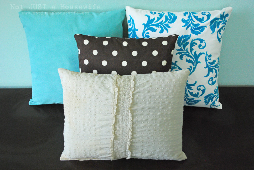 010 1024x685 Painting Pillows