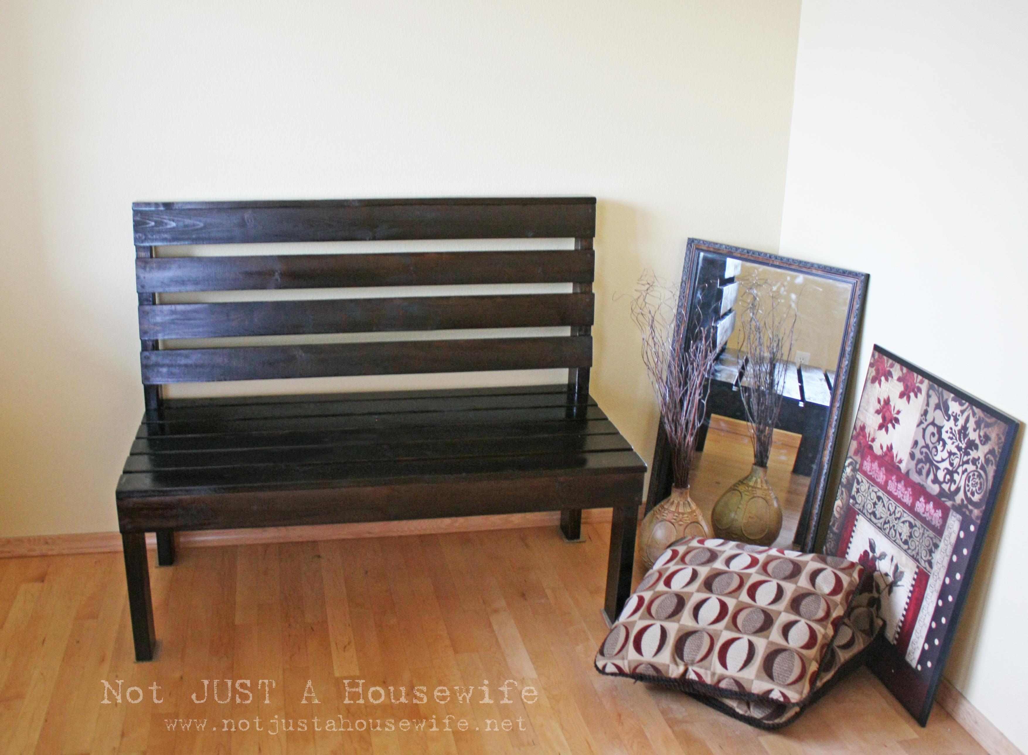 Building a mudroom bench - My