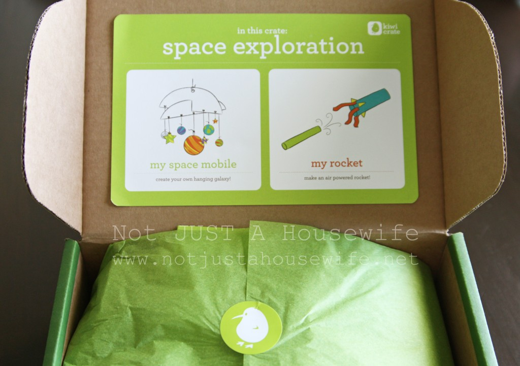 kiwi crate space 1024x721 Summer Fun for the Kids
