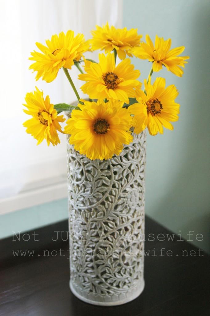 vase from india 682x1024 Novica