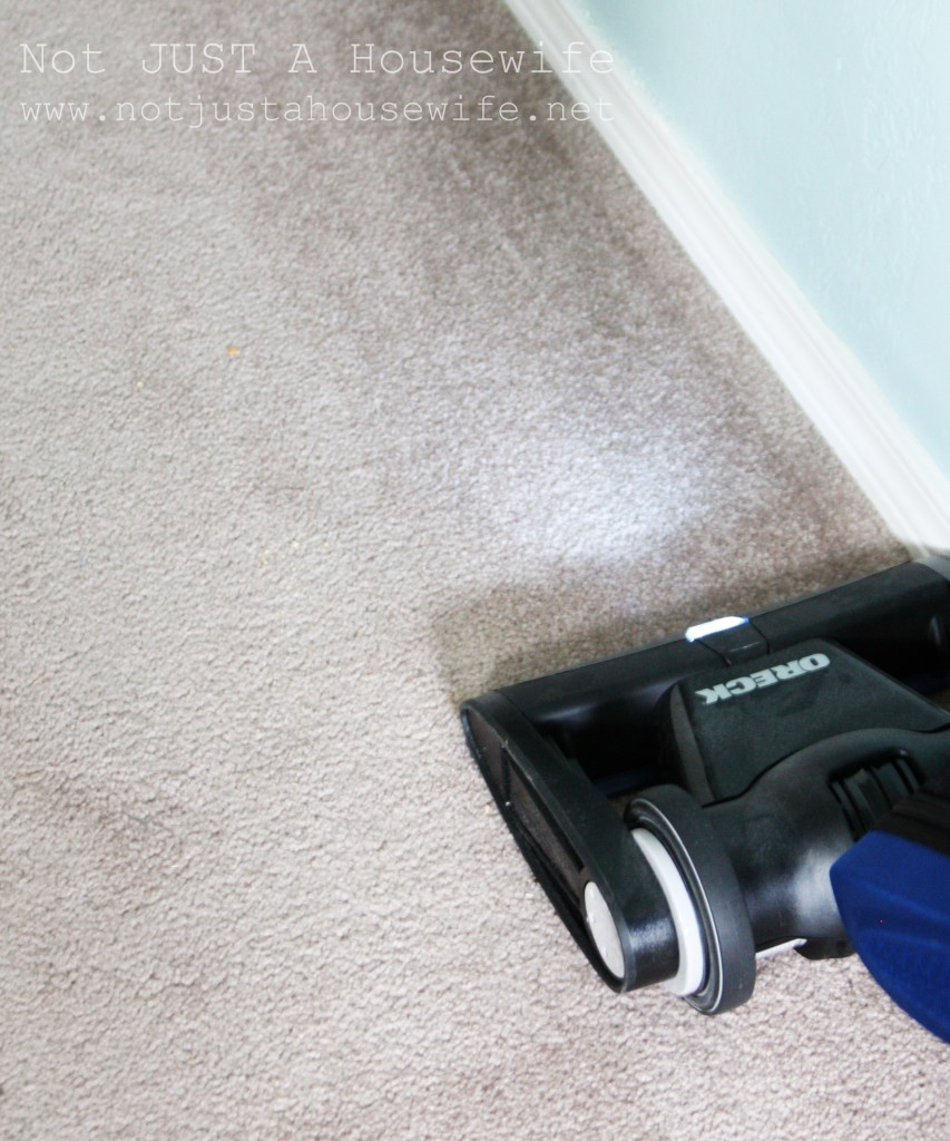clean along baseboards 853x1024 Oreck Magnesium Vacuum Giveaway {$500 Value!}