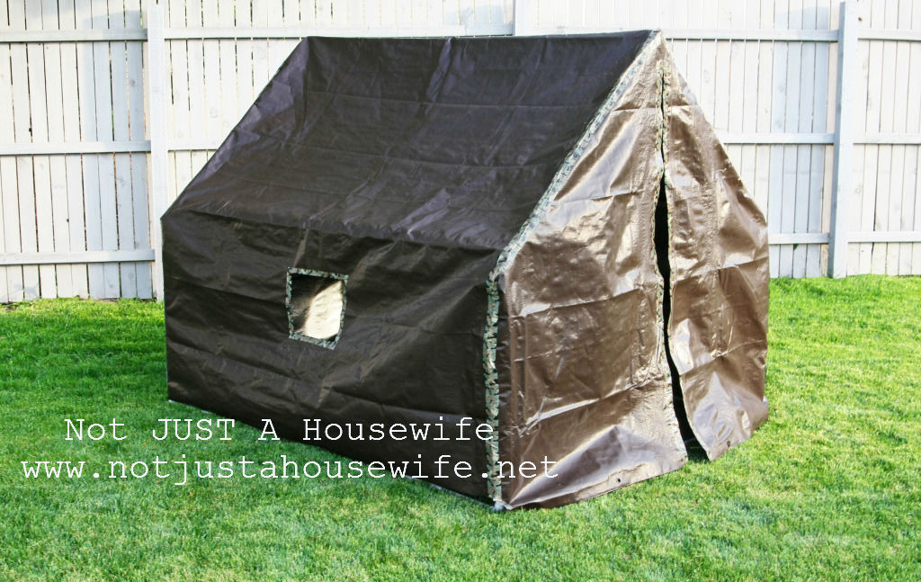how to make a play tent stacy risenmay. Black Bedroom Furniture Sets. Home Design Ideas