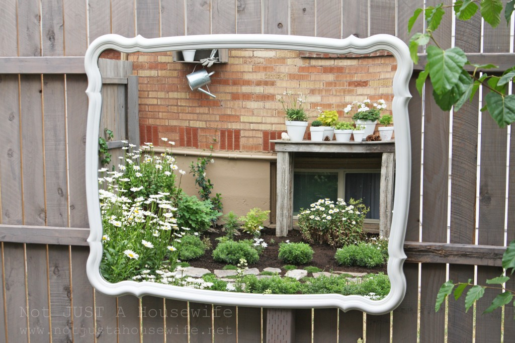 secret garden mirror reflection 1024x682 Welcome to my secret garden....