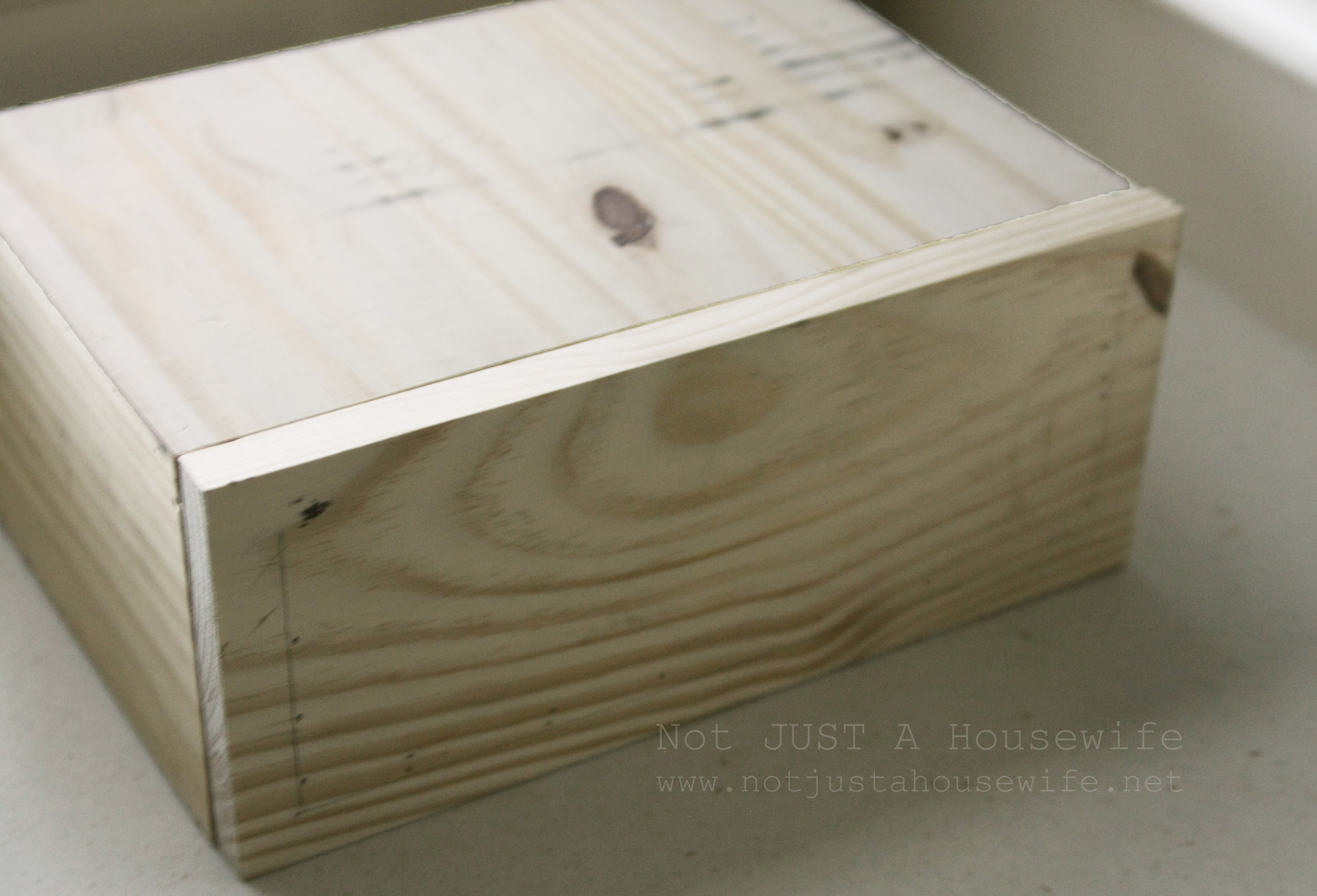 Floating Side Table | Not JUST A Housewife