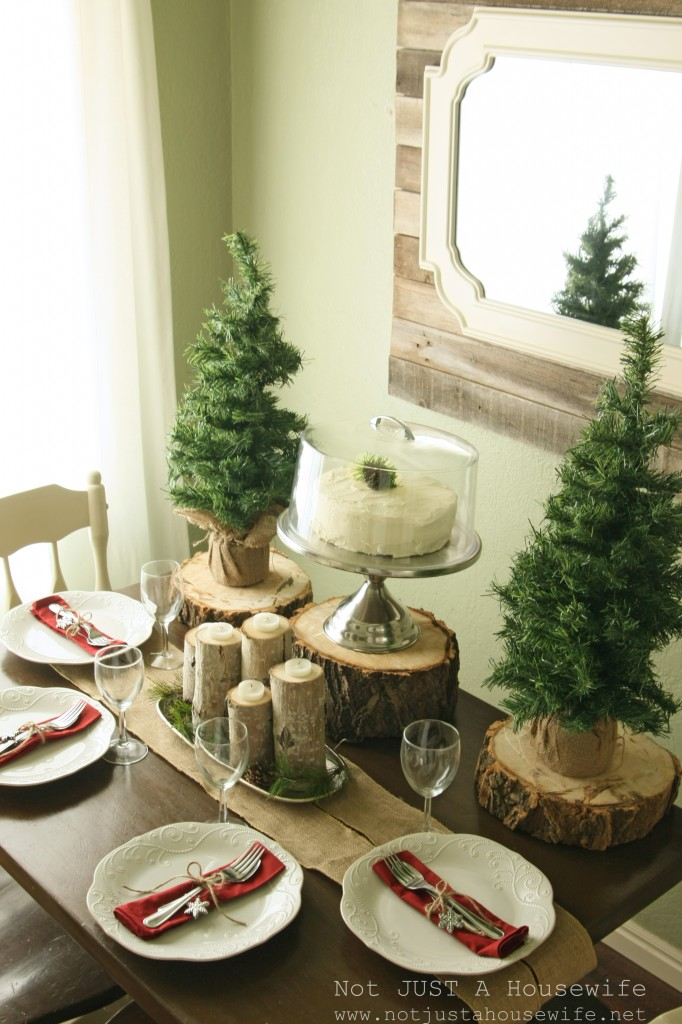 christmas table setting 682x1024 Holiday Tablescapes {Thanksgiving &Christmas}