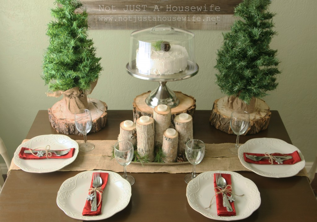christmas tablescape 1024x717 Holiday Tablescapes {Thanksgiving &Christmas}