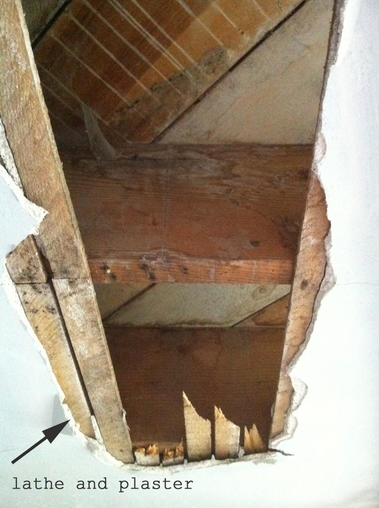 lathe-plaster-ceiling