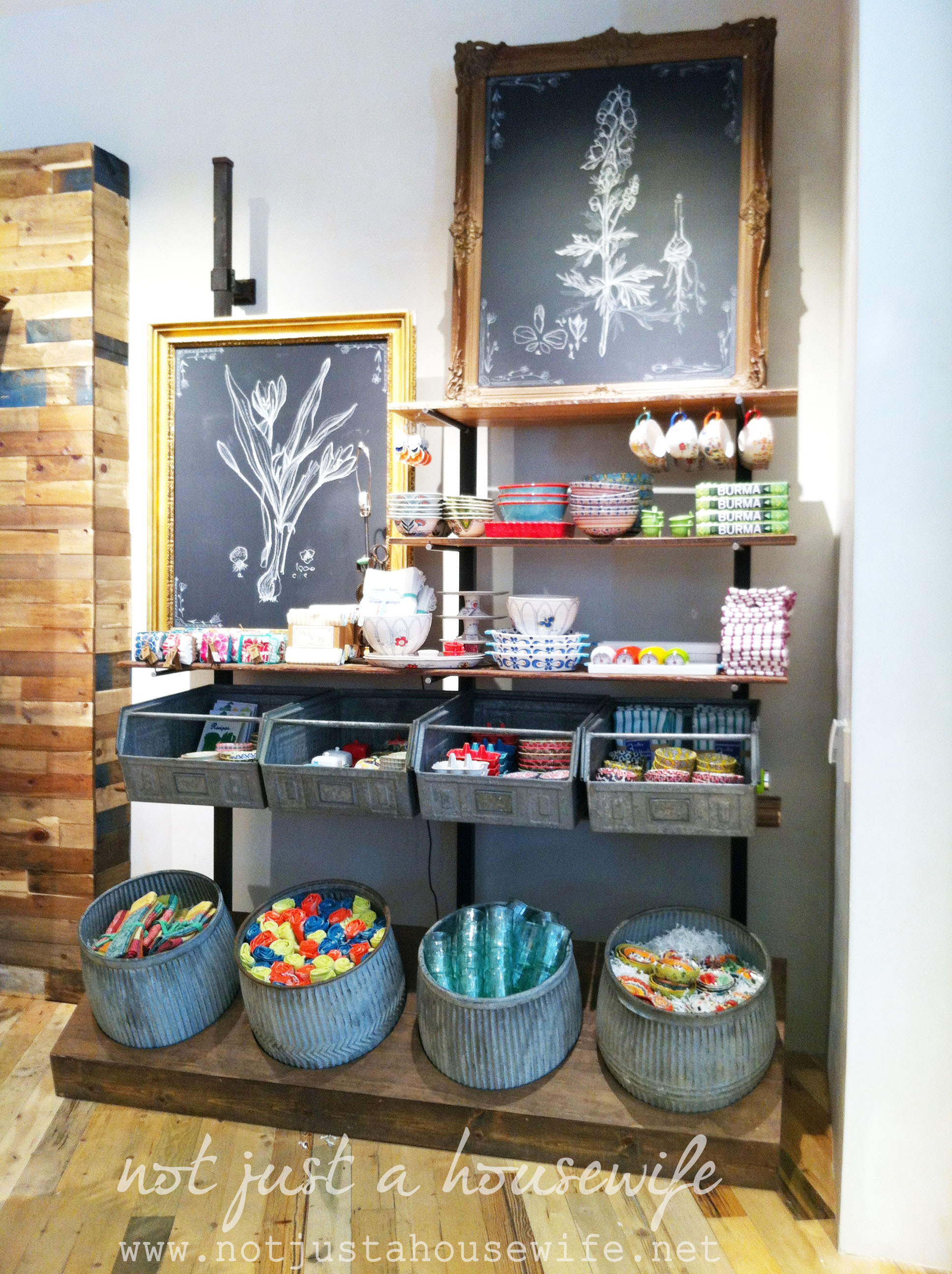1000 Images About Creative Shop Display Ideas On