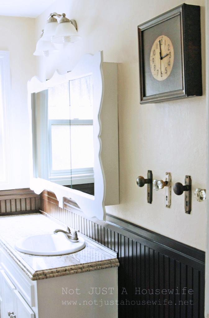 bathroom-counter-granite