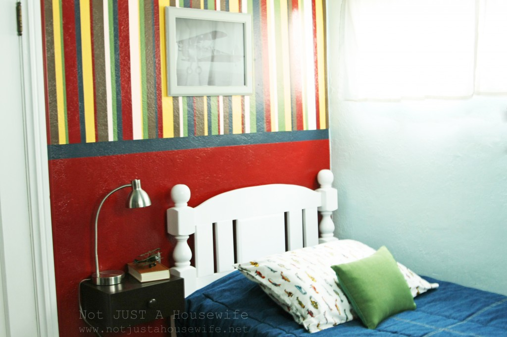 boy-room-stripes