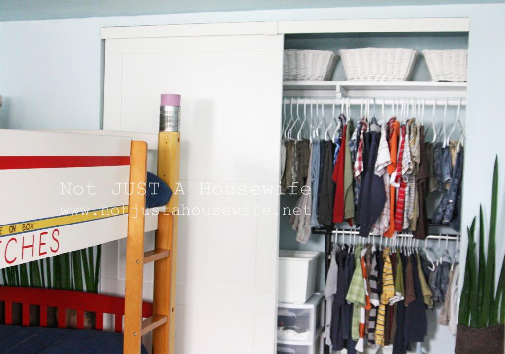 closet-boys-room