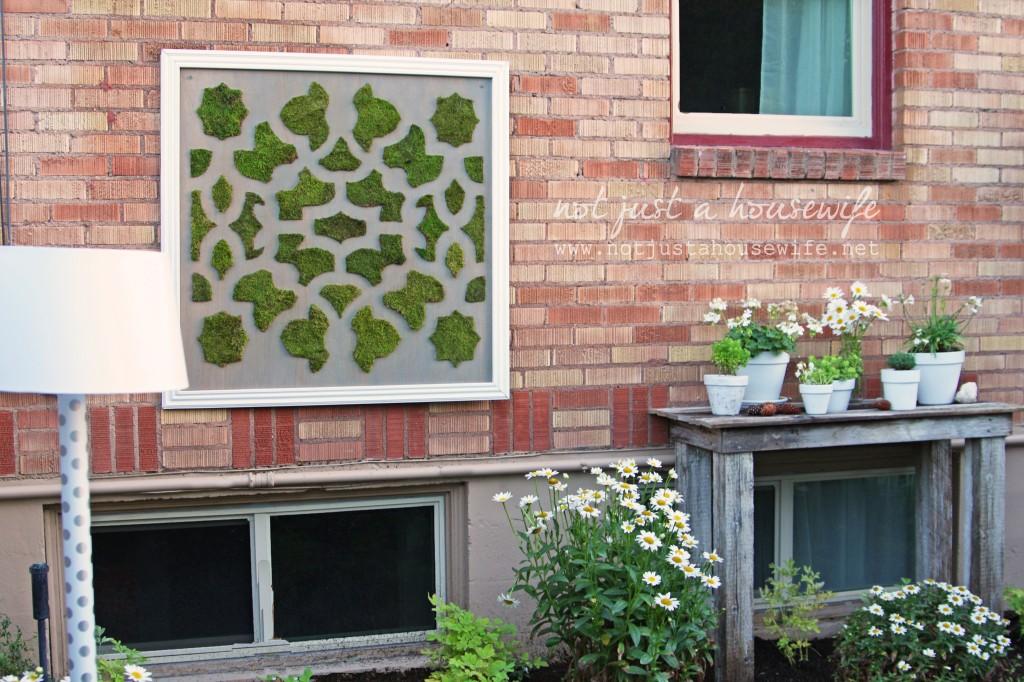 secret-garden-brick-wall