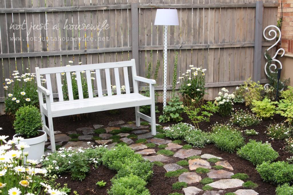 secret-garden-trellis