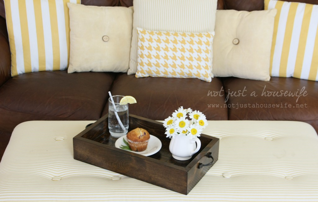 serving tray on bench 1024x652 How To Build A Wood Serving Tray {$250 HD Gift Card Giveaway!}