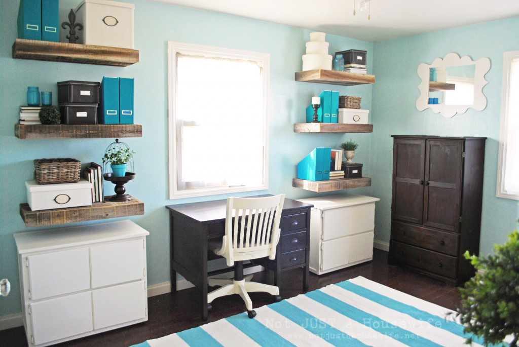 turquoise-office