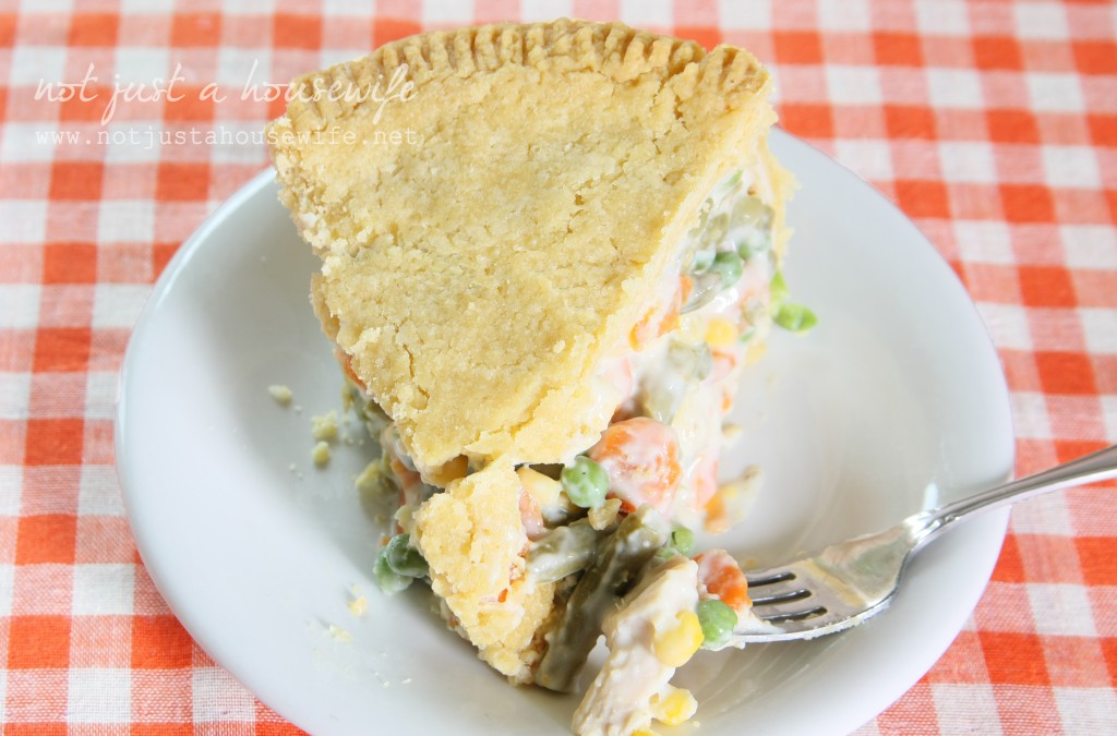 chicken pie 1024x675 {Deep Dish} Chicken Pot Pie