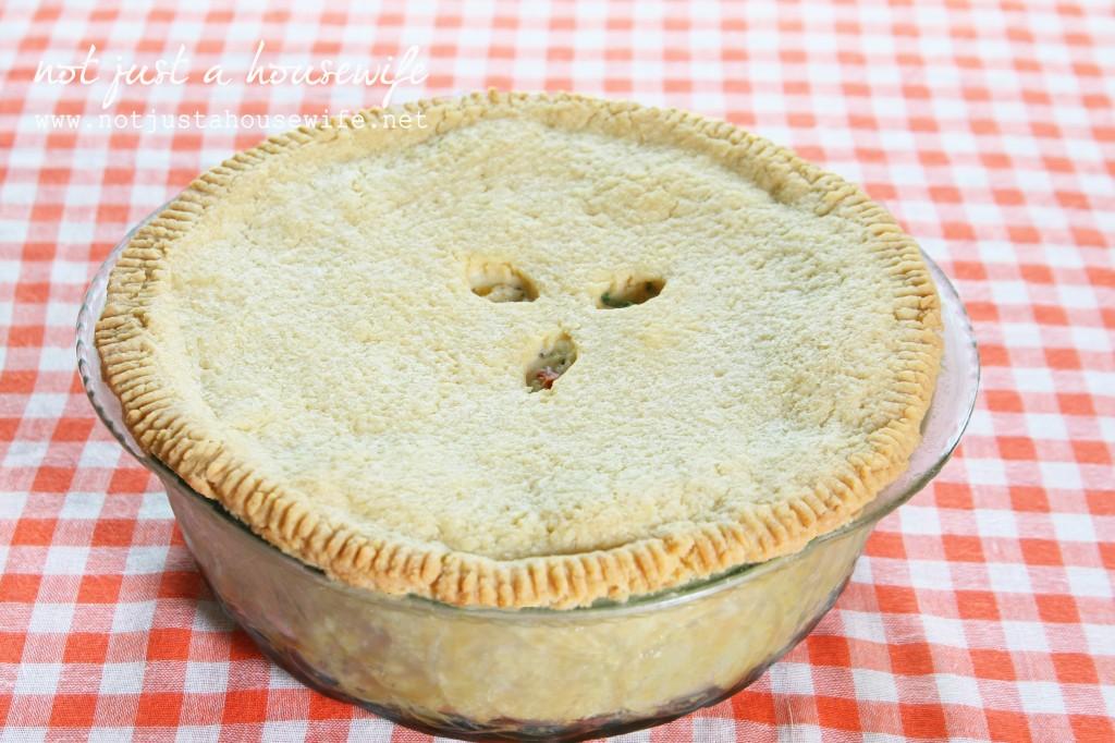 Deep Dish} Chicken Pot Pie | Stacy Risenmay