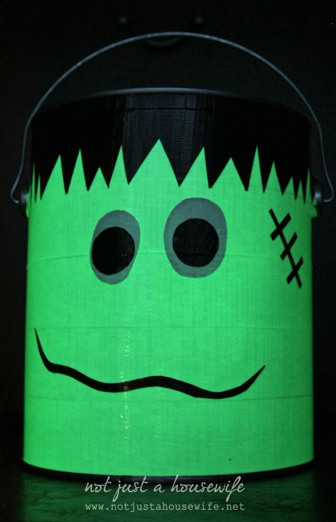 glow-in-the-dark-frankenstien-trick-or-treat-bucket