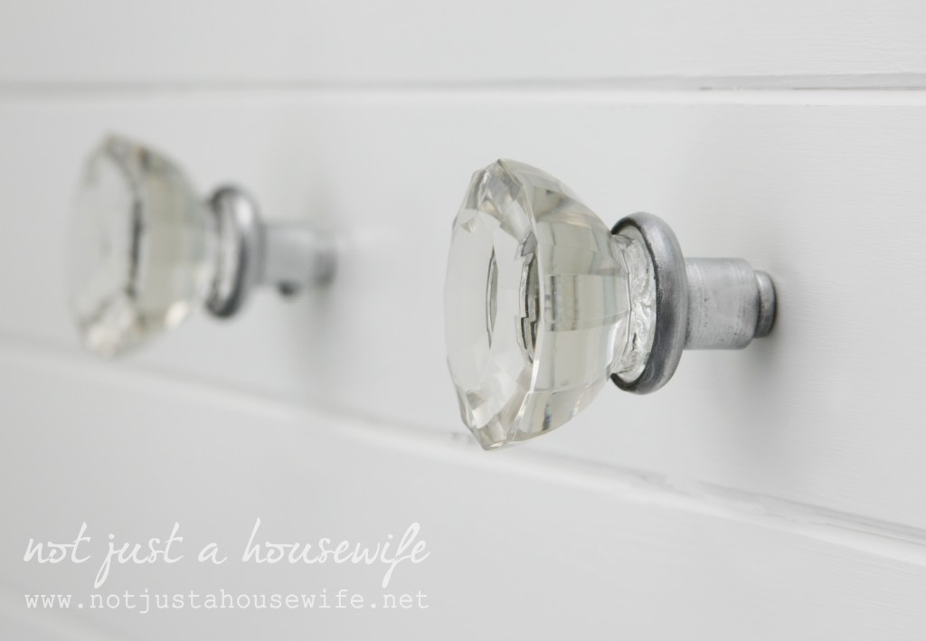 bathroom-knobs