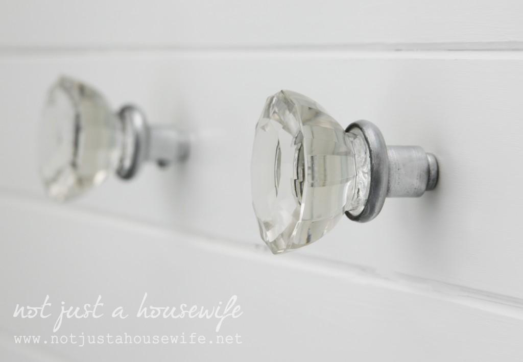 bathroom-knobs