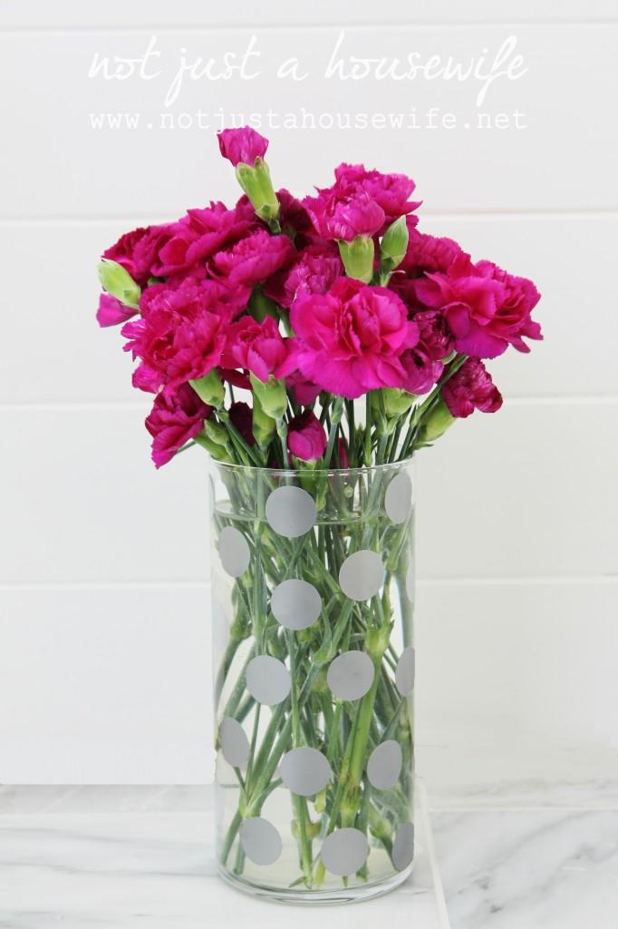 bathroom-vase