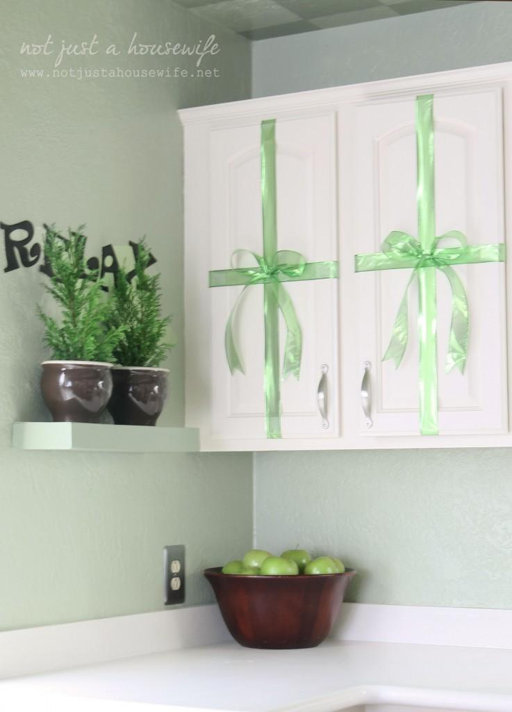 green Christmas kitchen