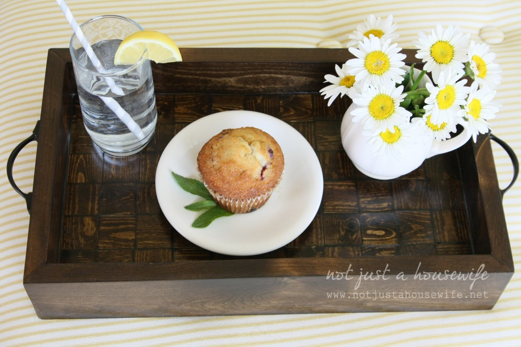 DIY wood serving tray tutorial