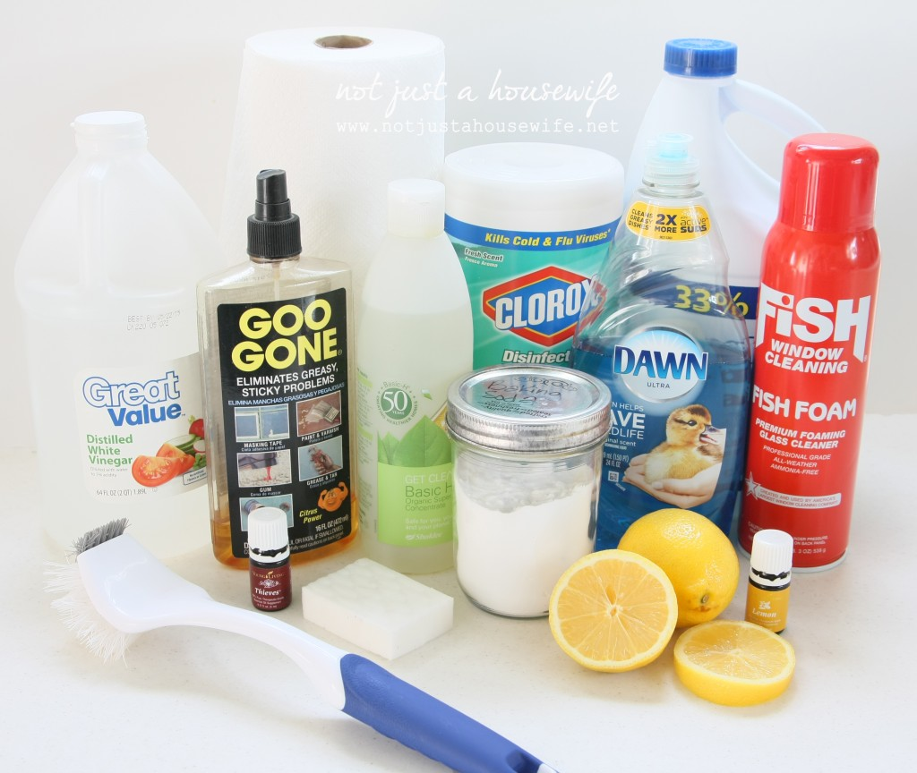 cleaning supplies 1024x864 Deep Cleaning Tips & Giveaway!