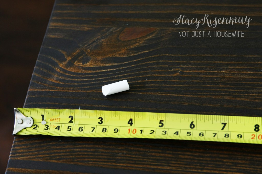 measuring for stripe edited 1 1024x682 Gold Table {Makeover}