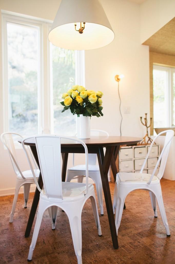 Modern Cottage Eating Nook