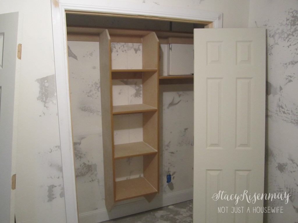 closet before painting 1024x768 {Painting a basement} Finish Max Sprayer Giveaway!