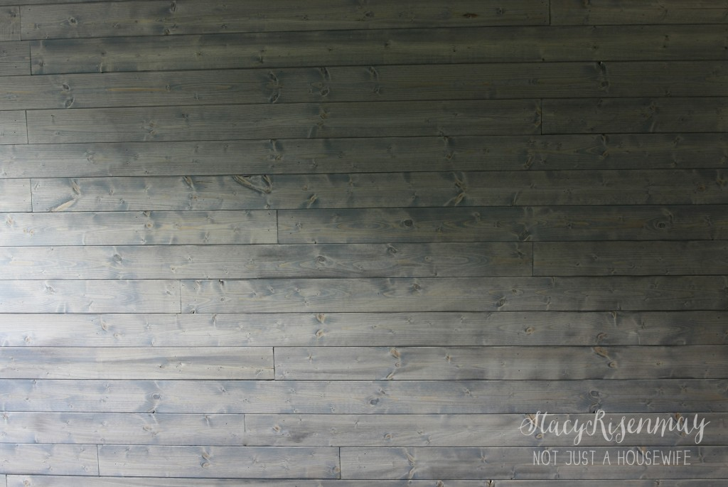 classic gray minwax 1024x685 Planking, Staining, and Progress!  {GIVEAWAY!}
