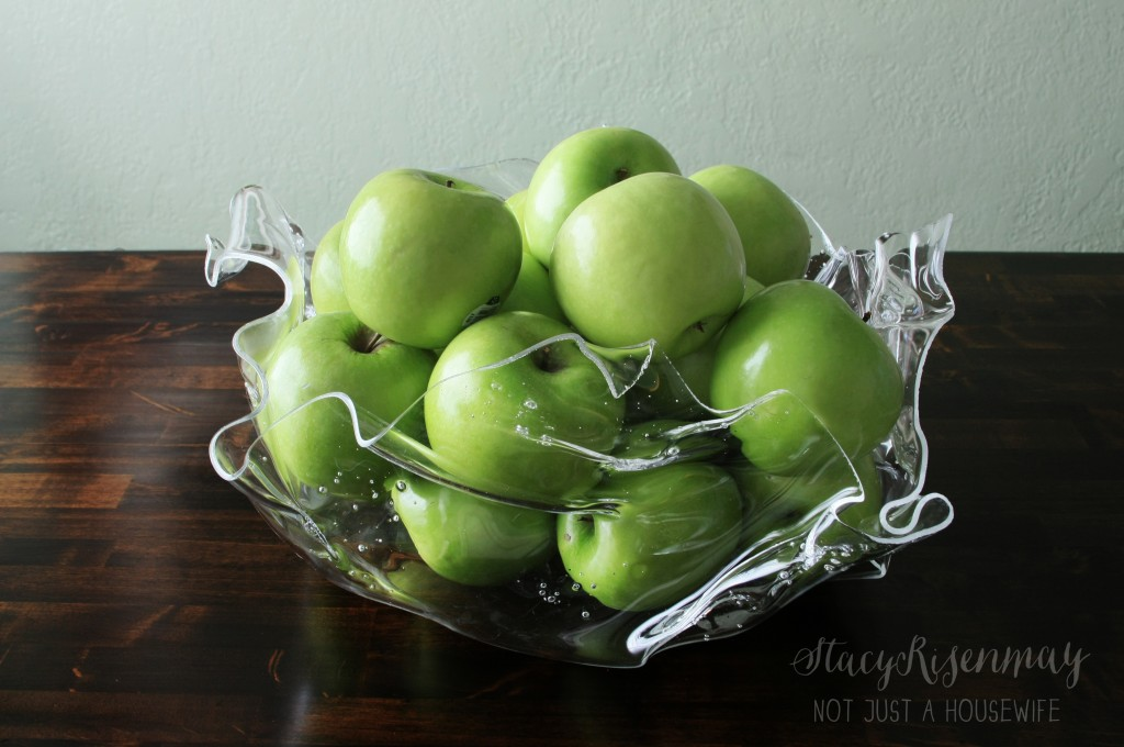 plastic fruit bowl_edited-1