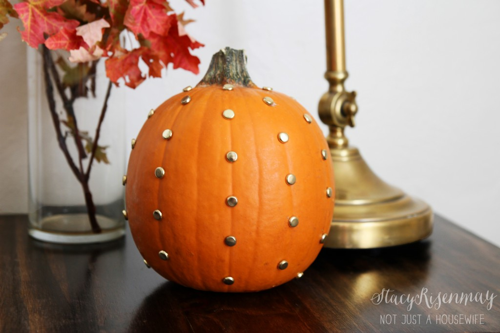 gold dot pumpkin