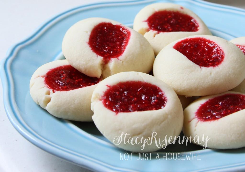 raspberry kiss cookies