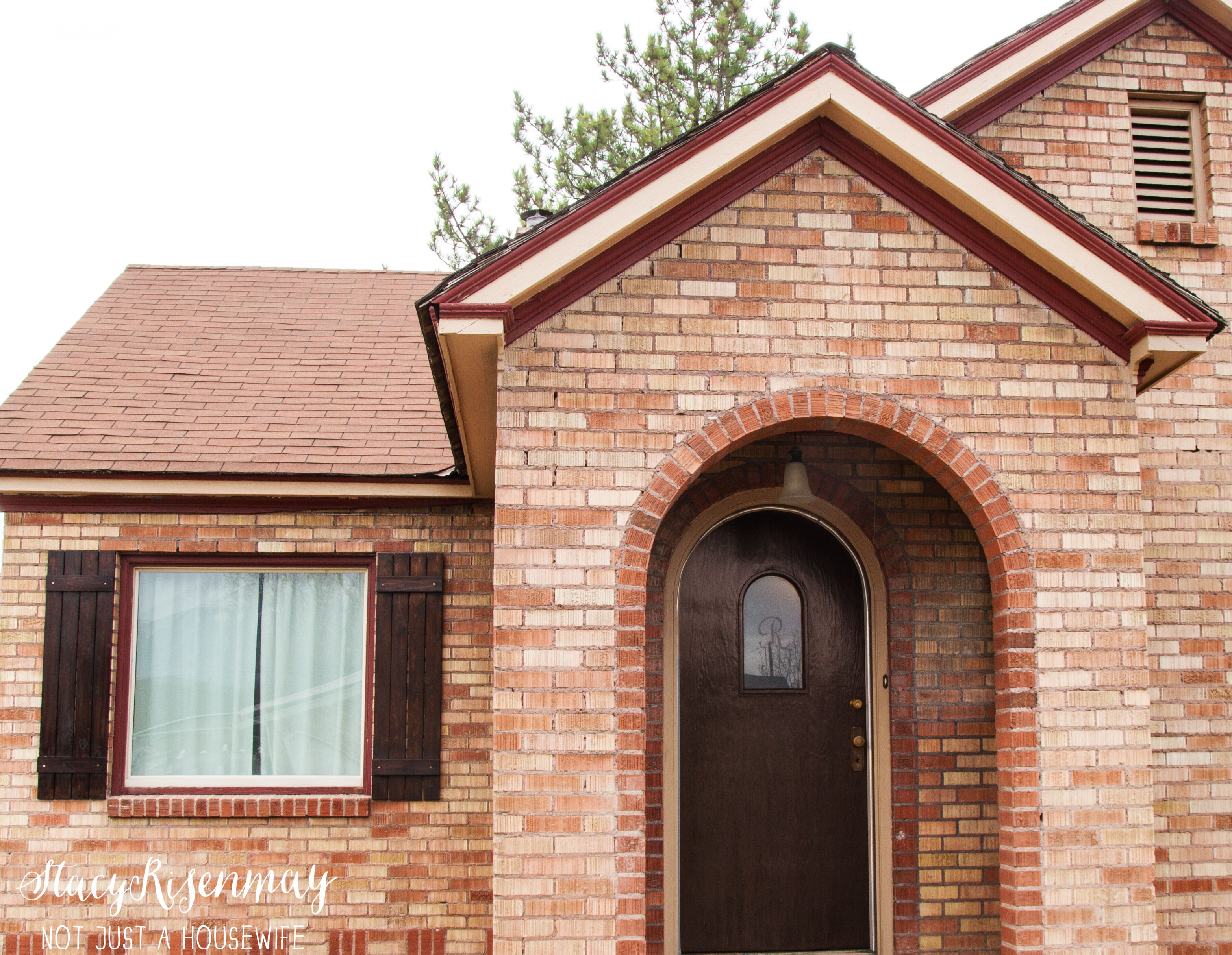 What a difference shutters can make stacy risenmay for Brick cabin