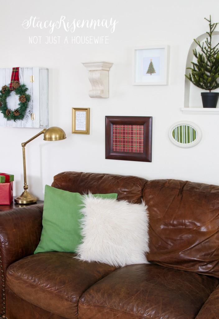 gallery wall christmas