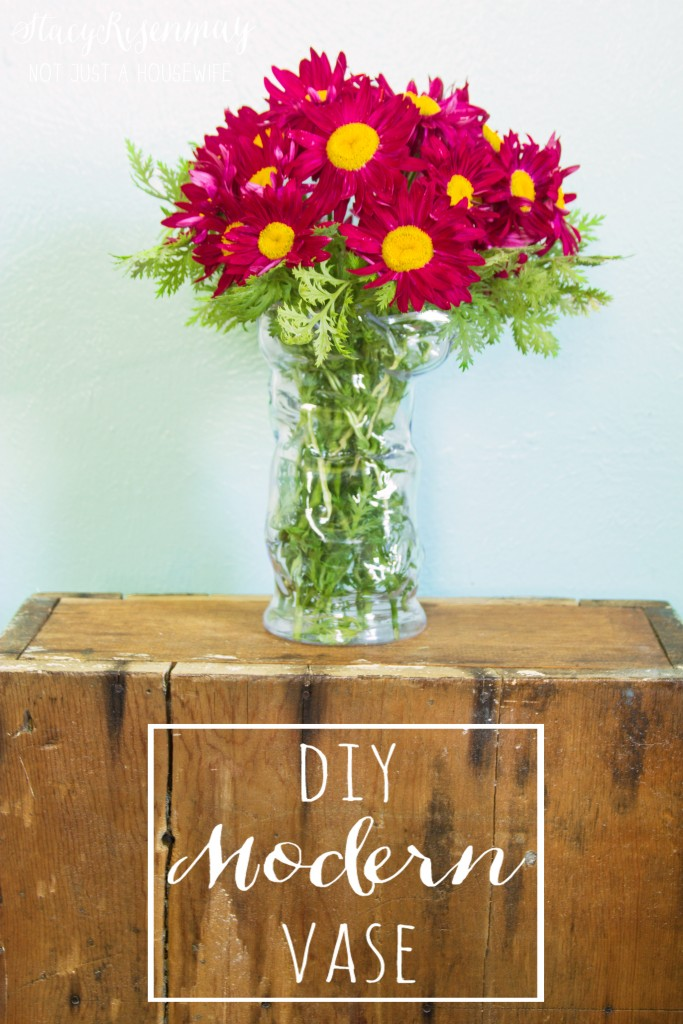 DIY modern vase made with heat gun