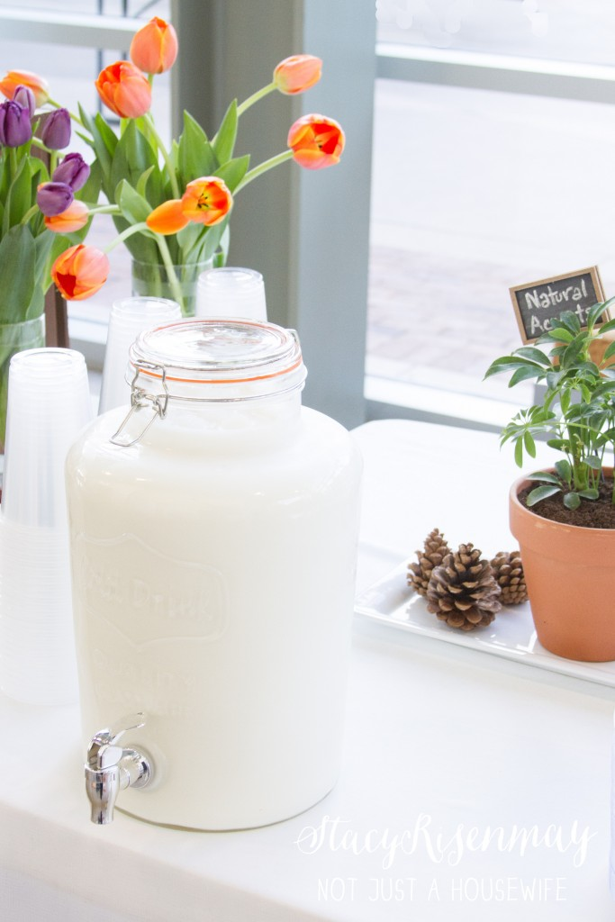 milk drink dispenser for cookie bar