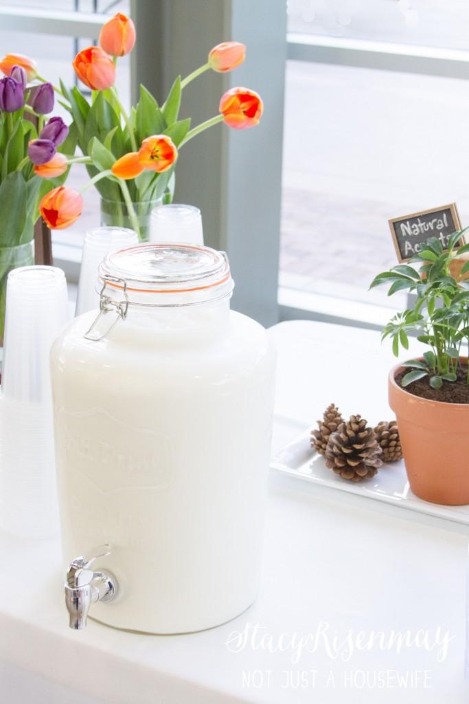 milk drink dispenser for cookie bar