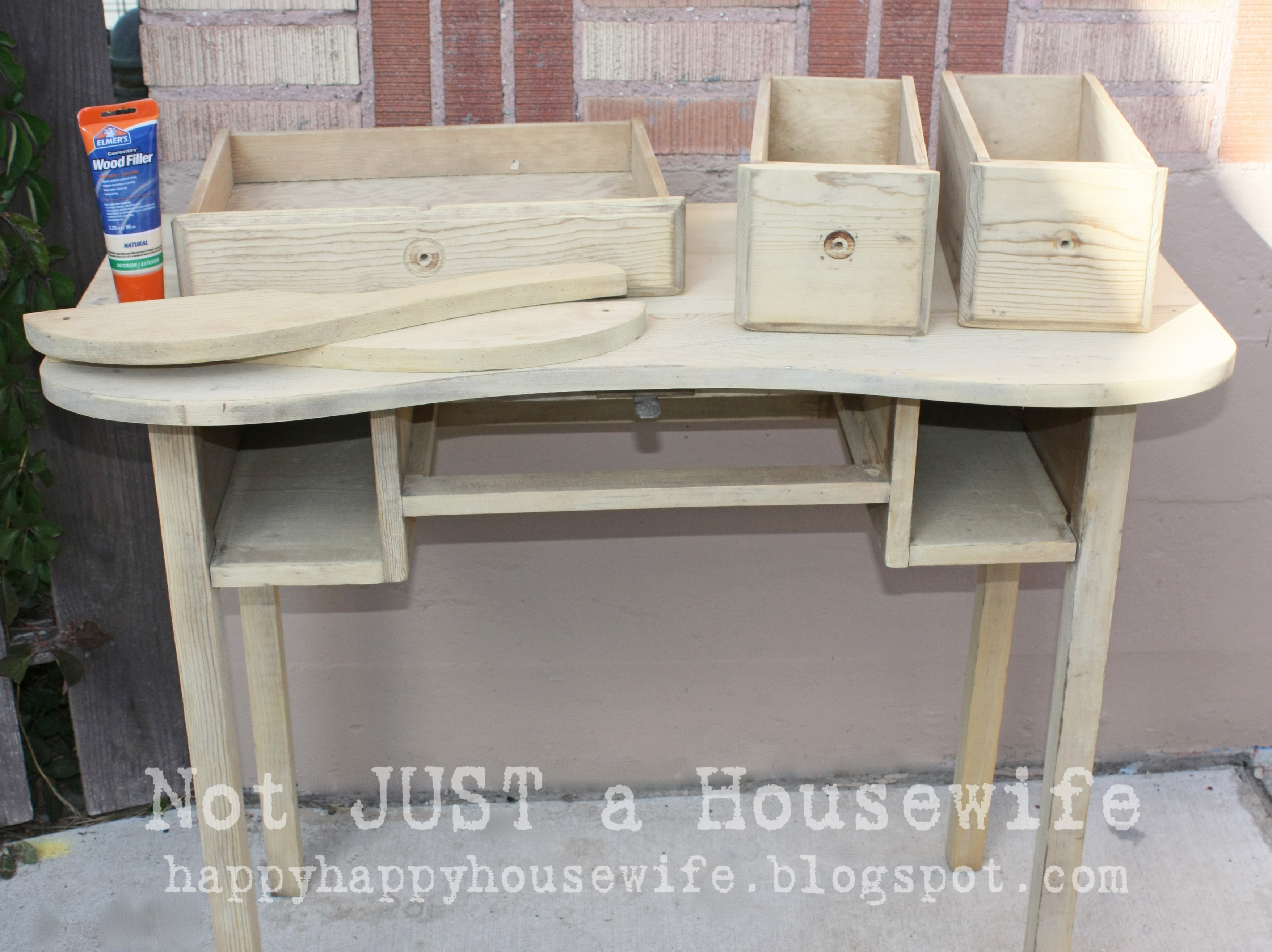 table furniture fitted desk bar nail